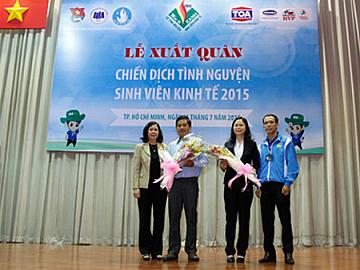 Sơn TOA Cùng Mùa Hè Xanh ĐH Kinh Tế TP.HCM 2015