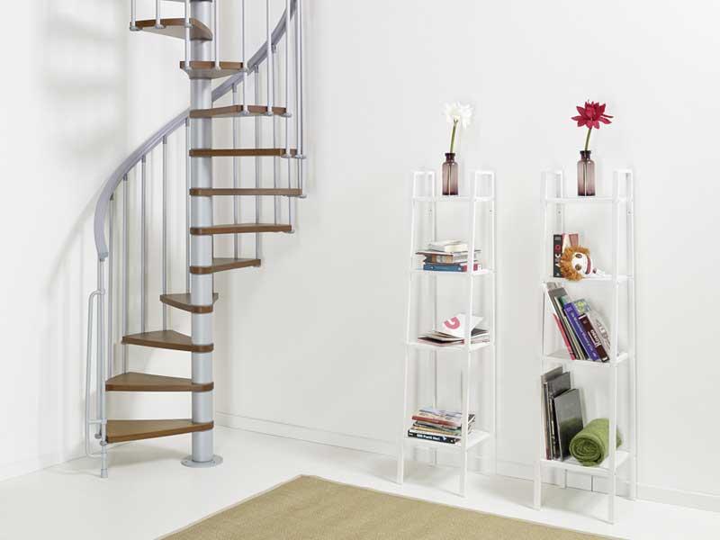 Cầu thang tích hợp tủ sách