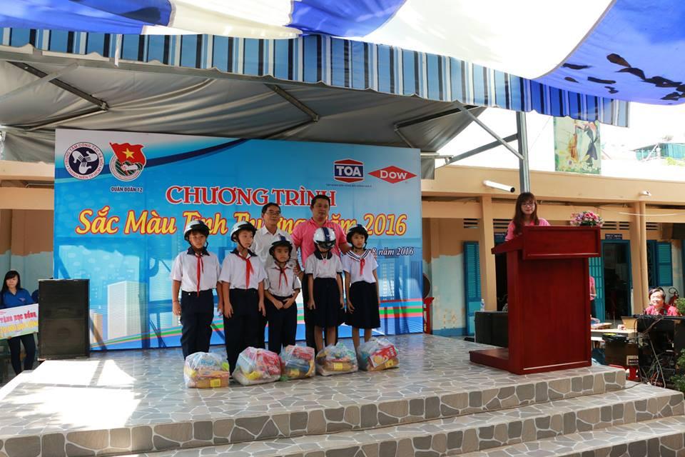 sac mau tinh thuong 2016